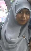 Oktri Amelia Suryani Tafsir Hadist UIN 2013